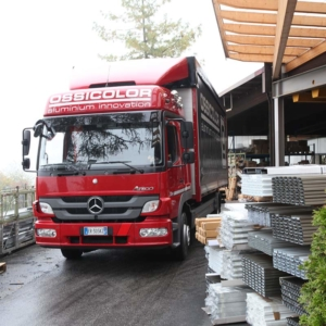 assemblaggio-consegna-prodotti-ossicolor
